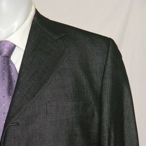 Versace Classic V2 Sharkskin Three Button Suit 42R